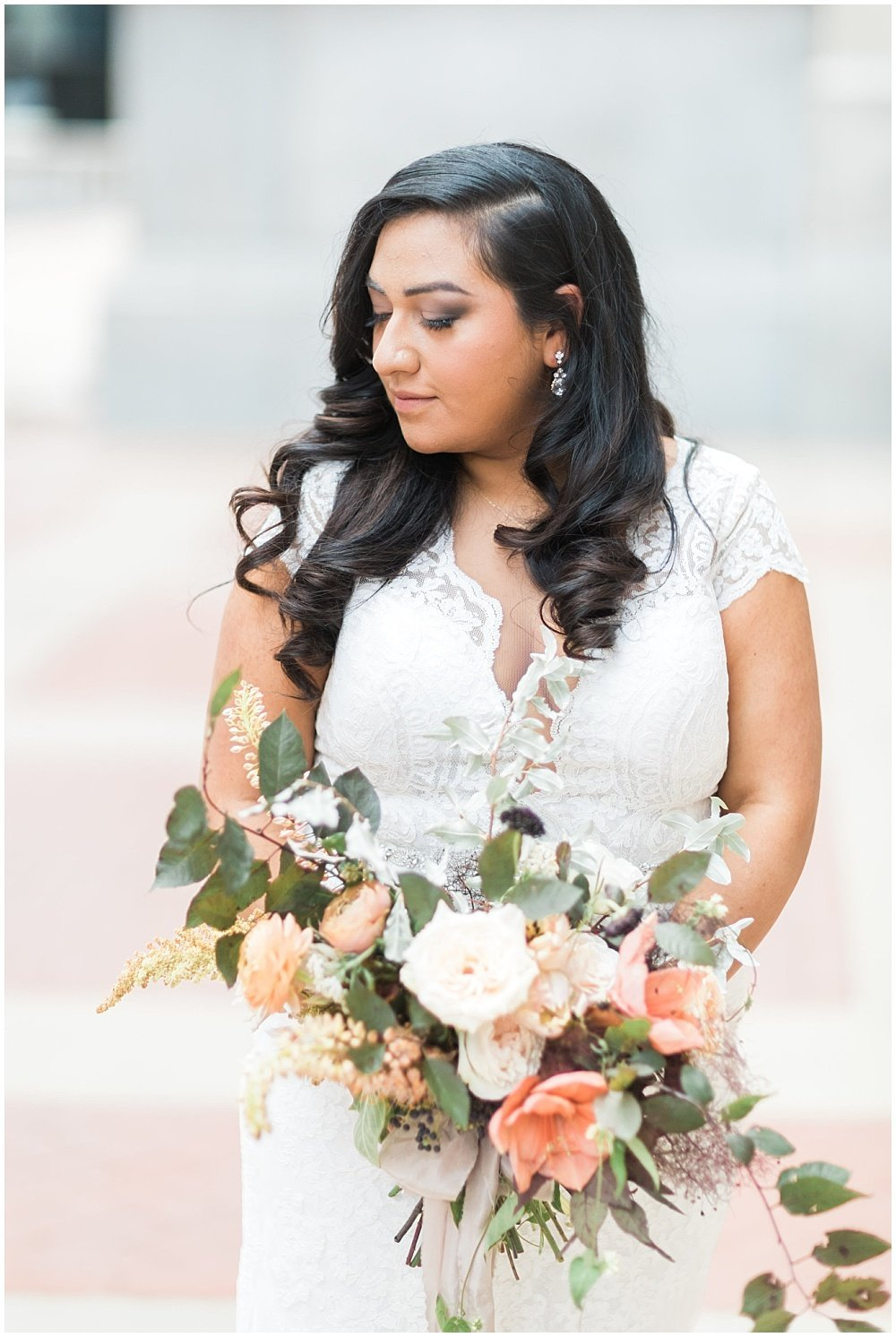 Summer-Mexican-Inspired-Gold-And-Floral-Crowne-Plaza-Indianapolis-Downtown-Union-Station-Wedding-Cory-Jackie-Wedding-Photographers-Jessica-Dum-Wedding-Coordination_photo___0008