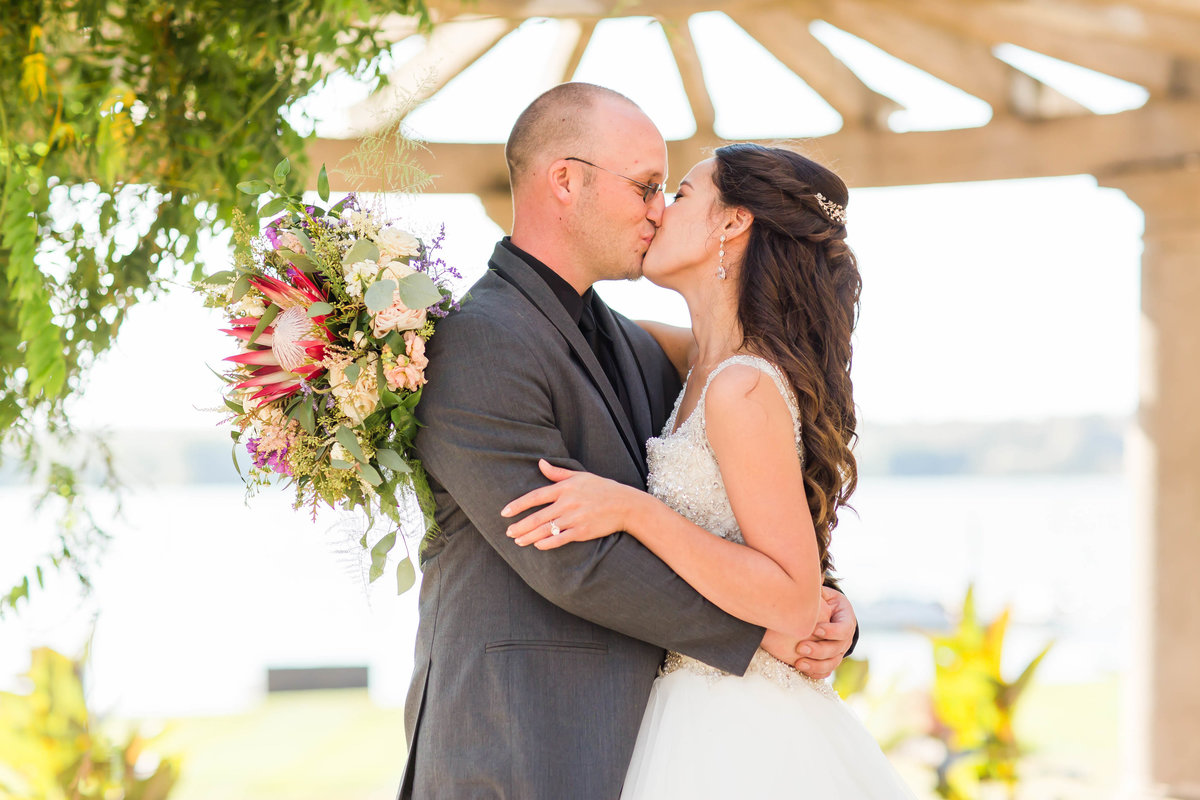 oaks-lakeside-ohio-wedding-loren-jackson-photography-43