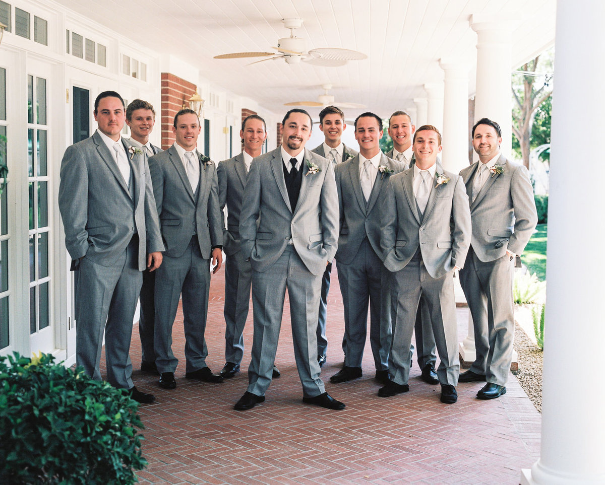 photo-groomsmen