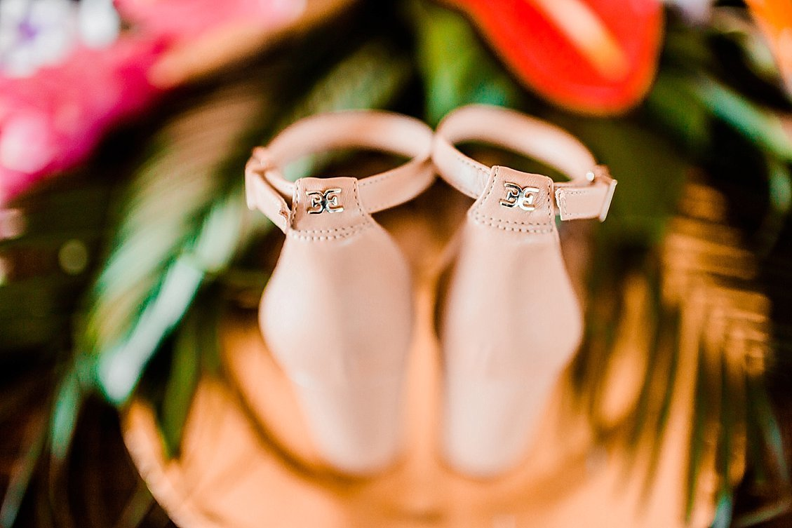 sharonelizabethphotography-obxwedding-rodanthewedding-obxweddingphotographer-intimatebeachwedding0101