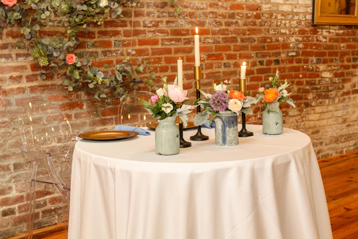 718-venue-fredericksburg-va-spring-vintage-garden-wedding-happy-to-be-events-9587