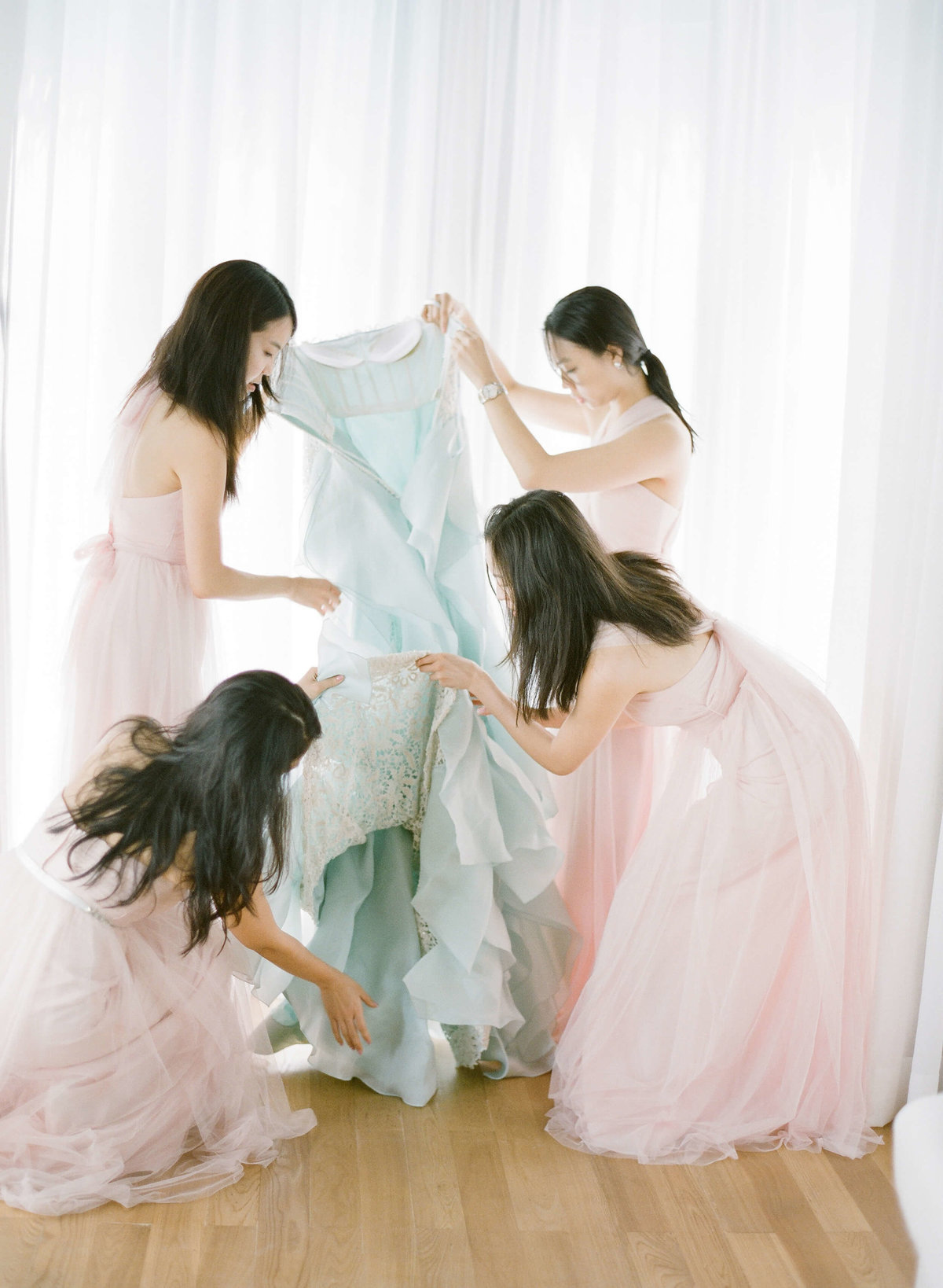 45-KTMerry-weddings-bridesmaids-preceremony