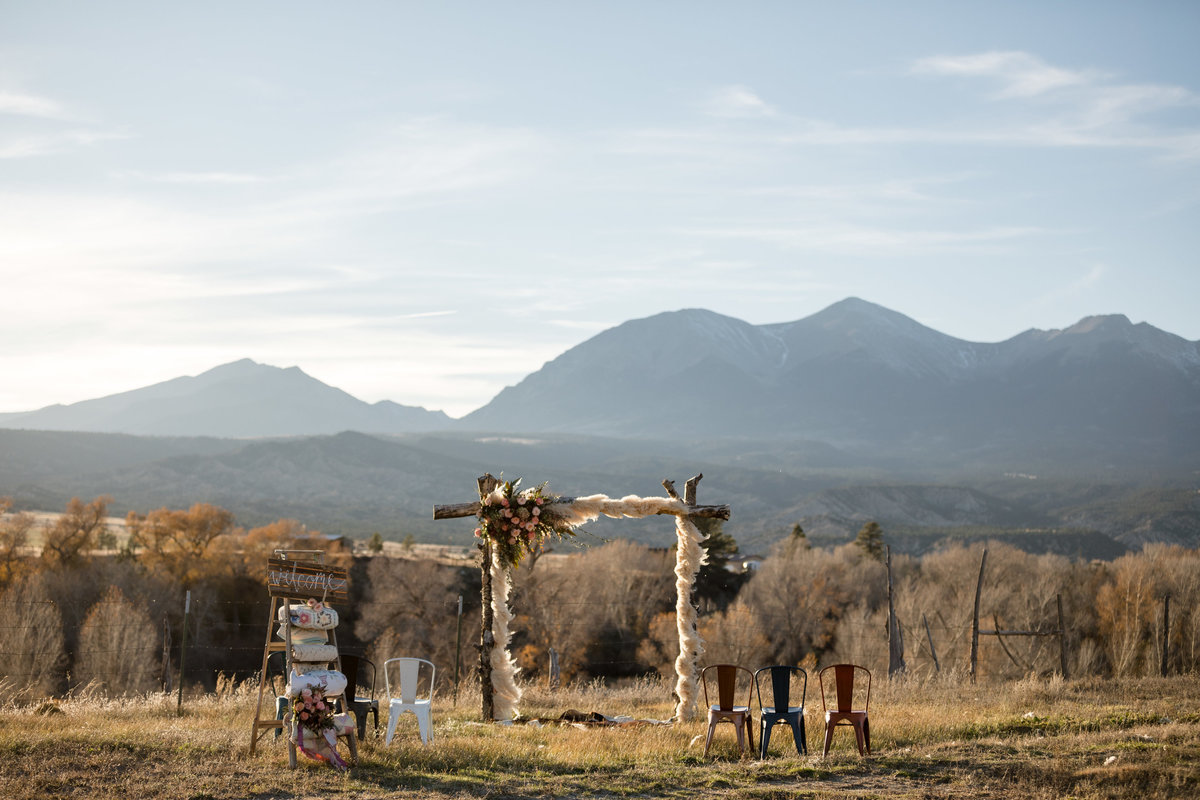 Everett Ranch Rocky Mountain Wedding Outdoor Barn Rustic Salida Colorado Alpaca Collegiate Peaks Vintage Ranch Fish 001