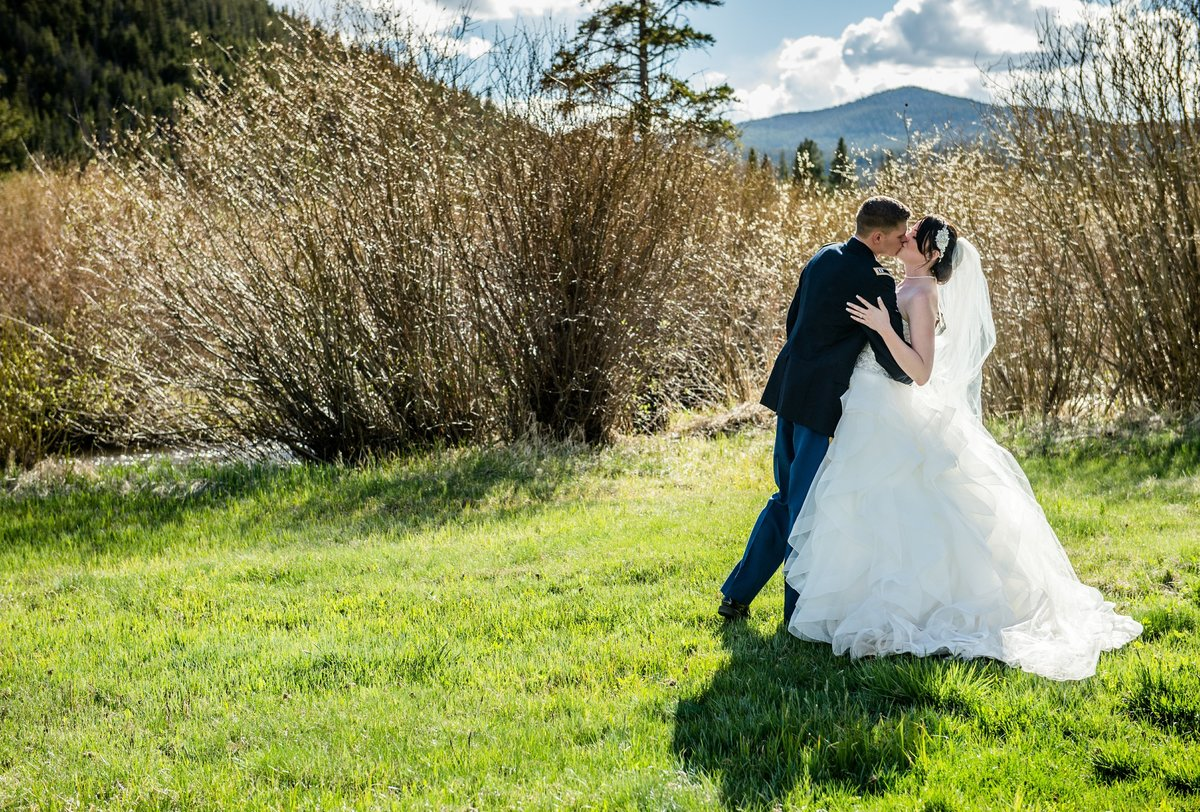 Spring Wedding Beaver Meadows, Red Feather CO-1118