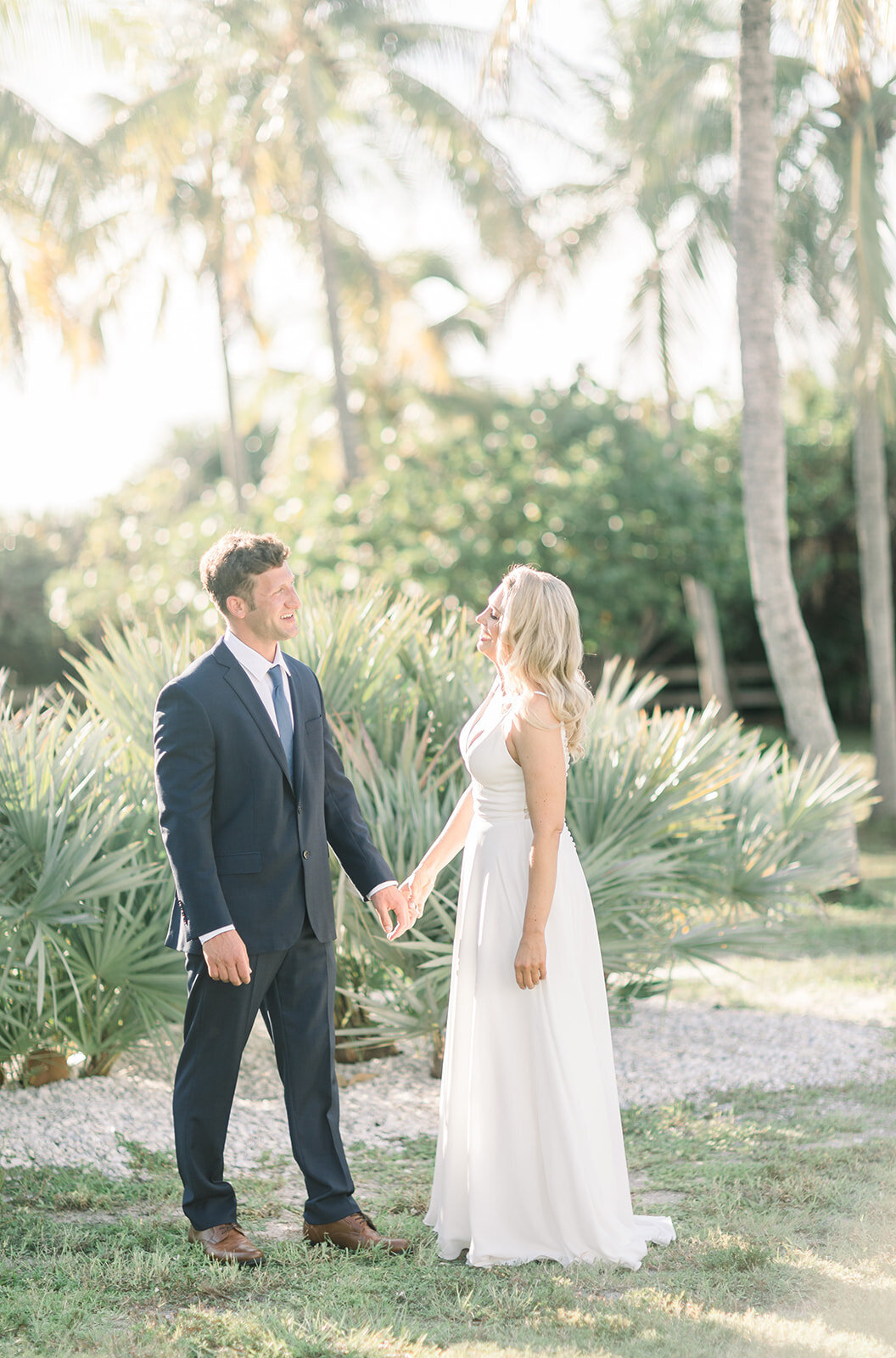 alex-mike-bowditch-beach-fort-myers-wedding-photos-1017