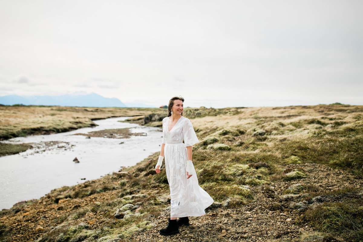 Aimee-Flynn-Photo-5-Iceland-Bride-