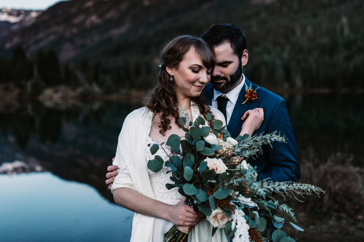 Oregon_elopement_Gold_Creek_pond_Adventure_wedding_photography (488 of 793)