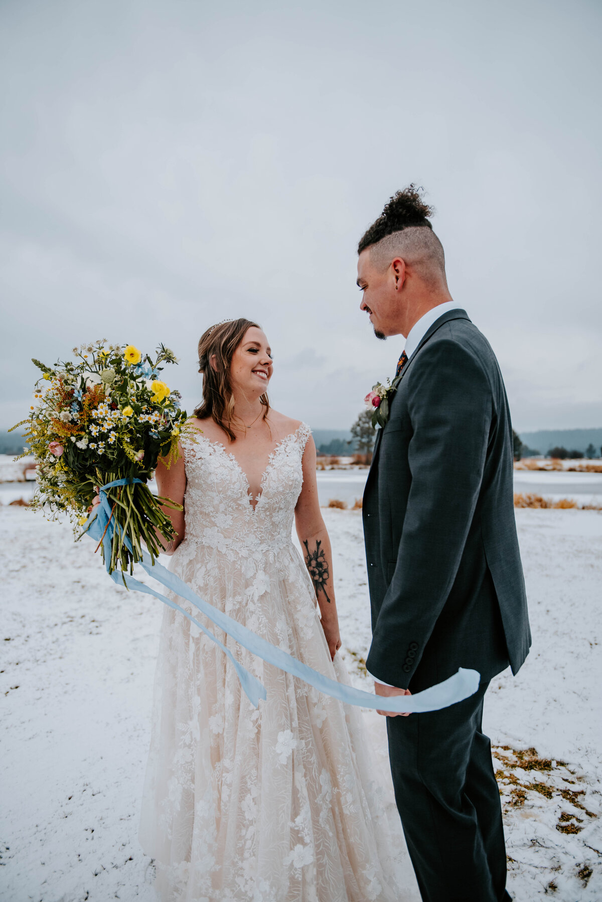sunriver-resort-oregon-wedding-venue-christmas-elopement-photographer-destination-1628