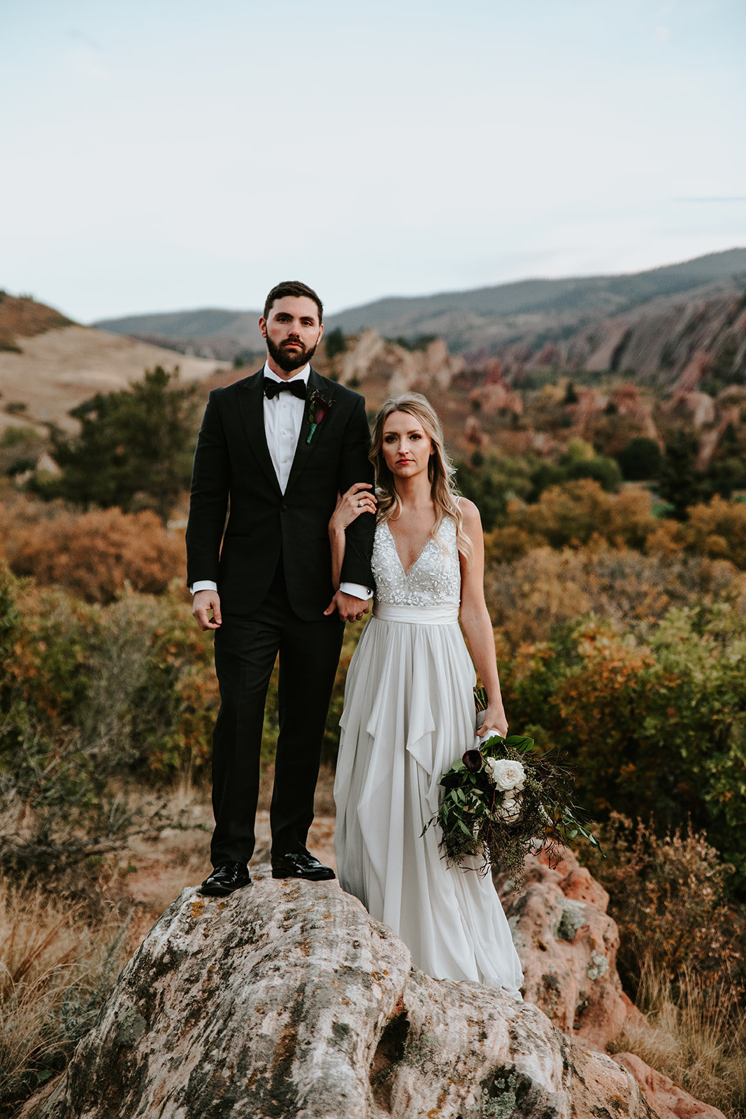 modelesque wedding couple at Arrowhead Golf Club in Littleton Colorado