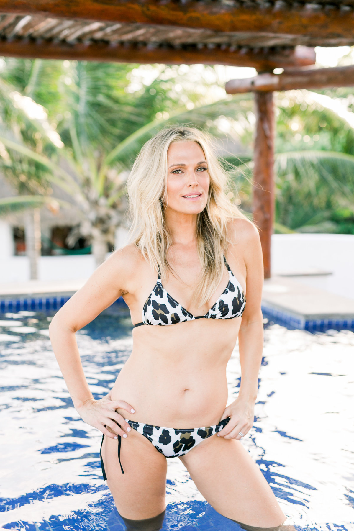 5Molly Sims - Smith House Photo -