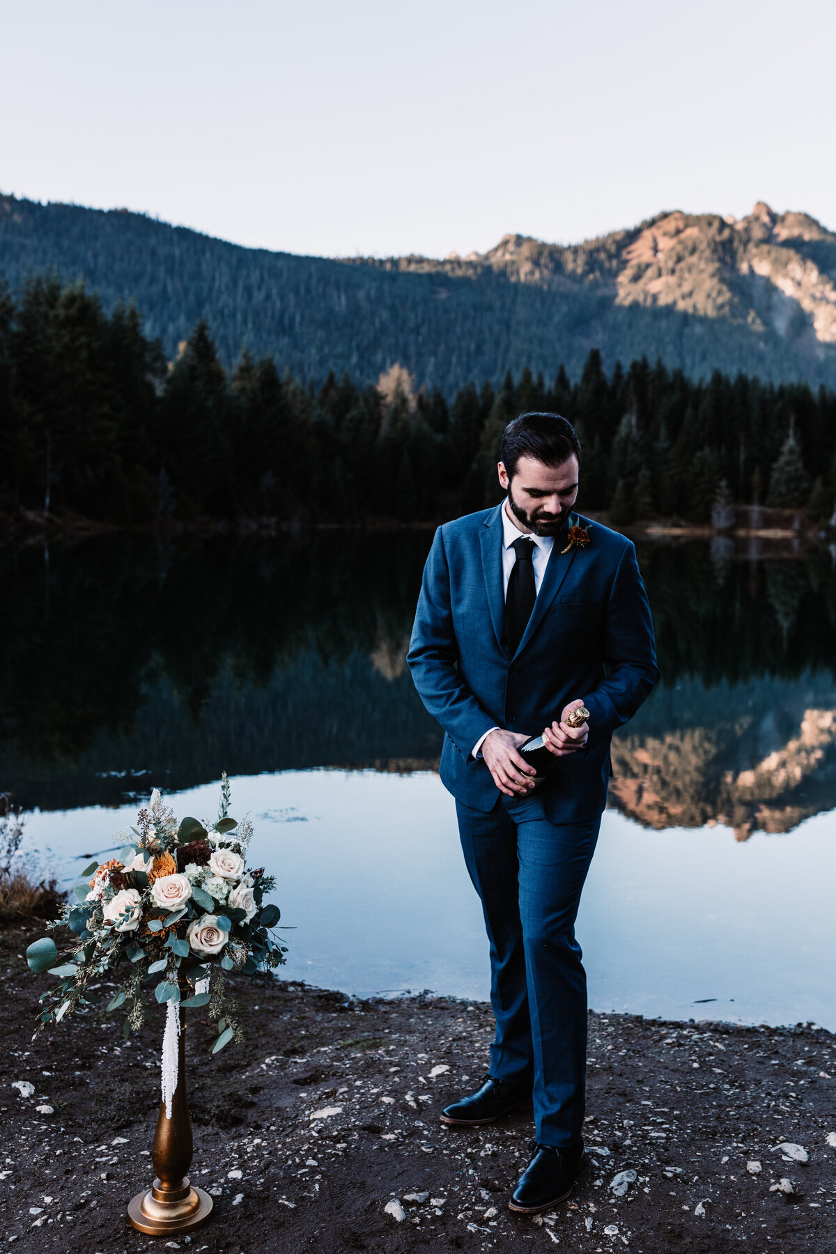 Oregon_elopement_Gold_Creek_pond_Adventure_wedding_photography (252 of 793)