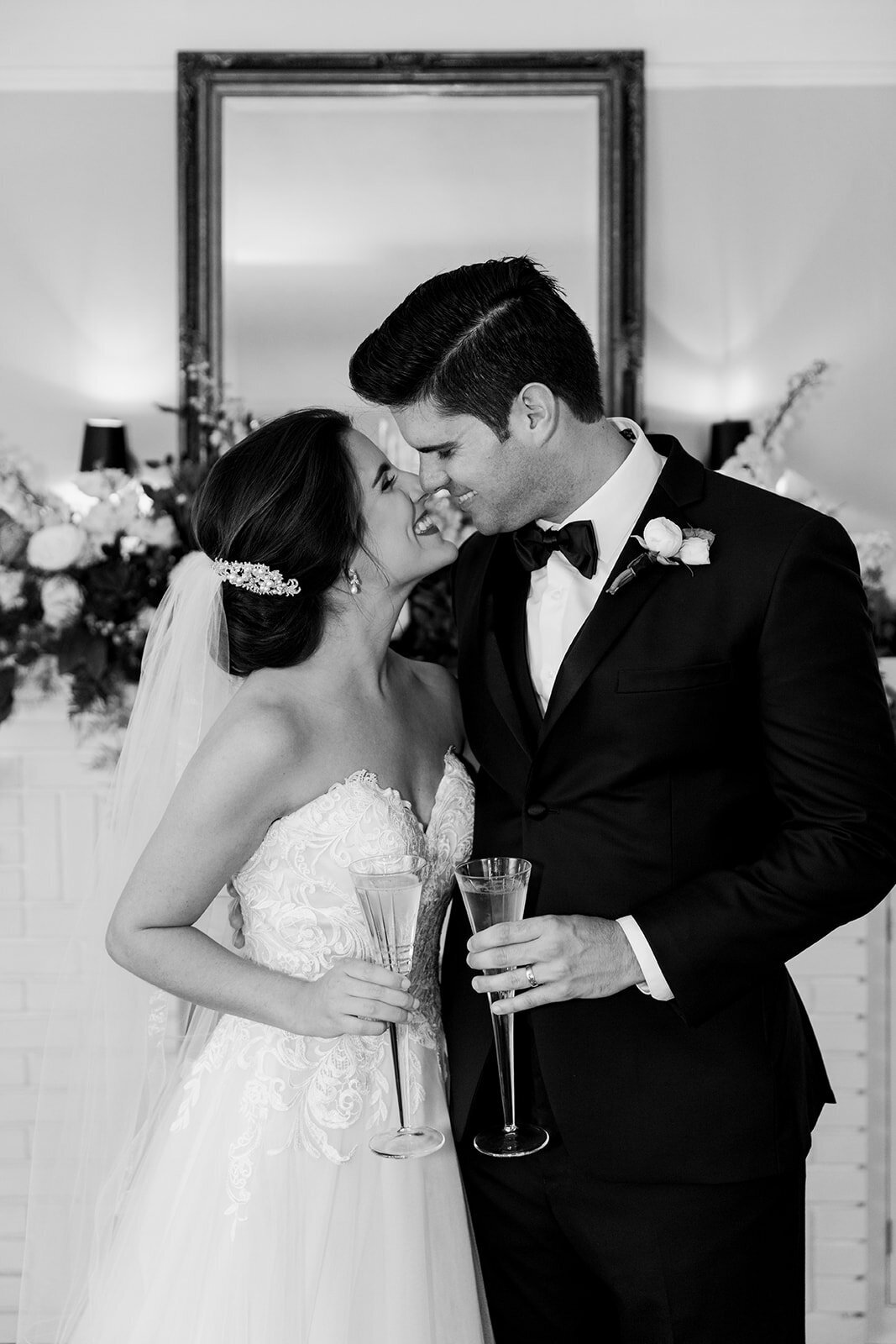 natalie-adam-fort-myers-veranda-wedding-photos-1375