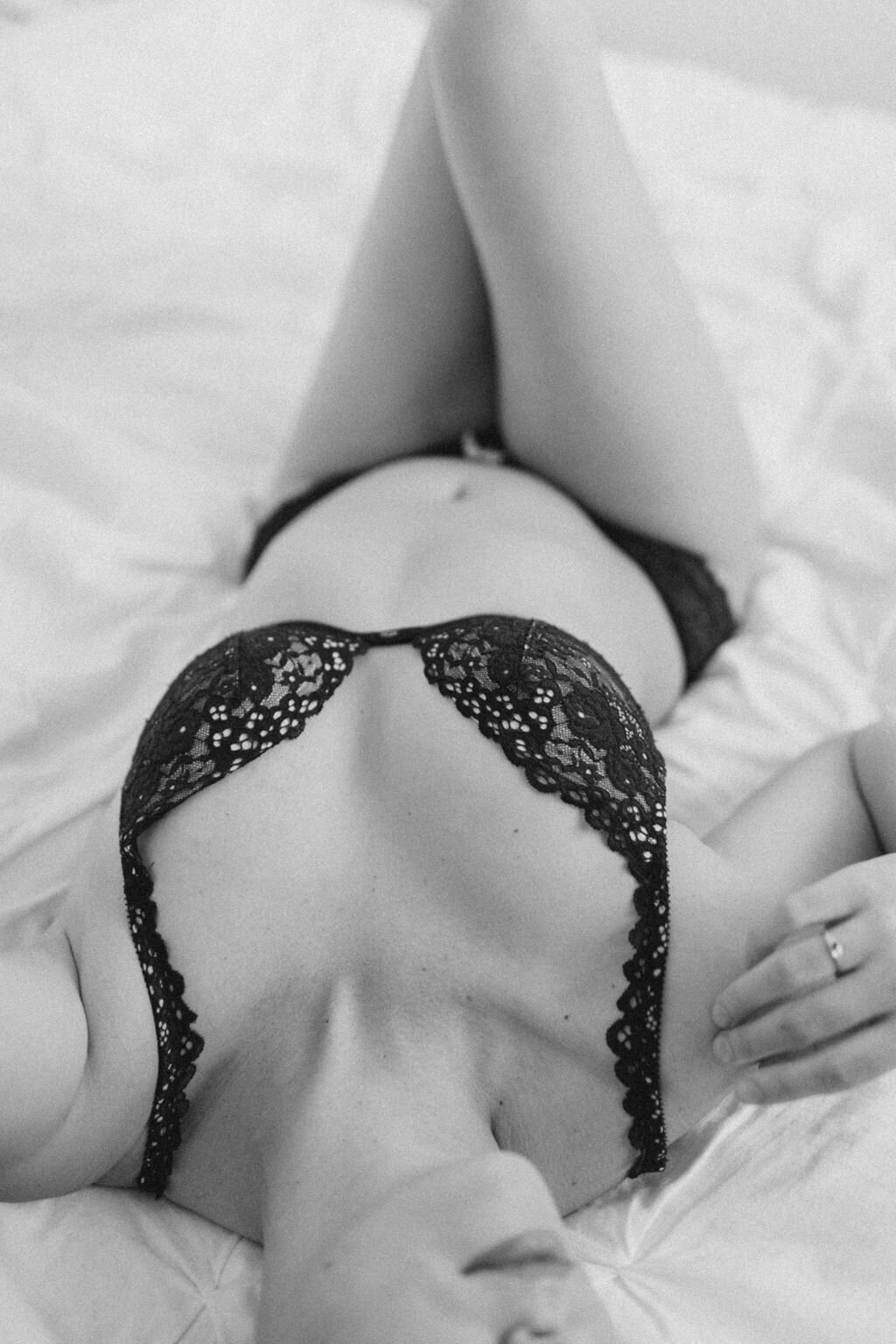 audra-jones-photography-carolyn-boudoir-charlottesville-51