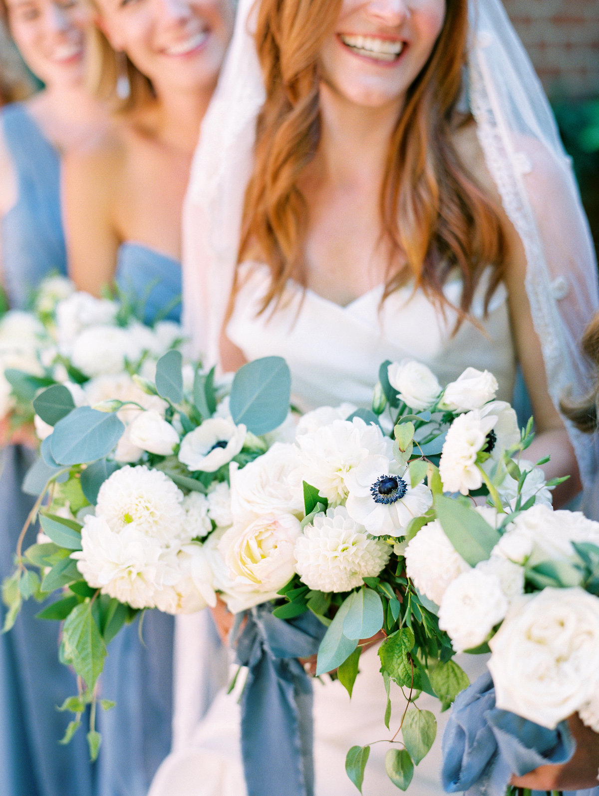 gorgeous wedding bouquets by swoon floral design