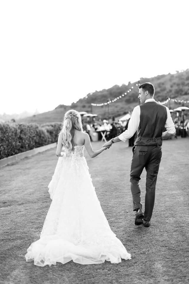 molly-terrill-klentner-ranch-wedding-preview-41