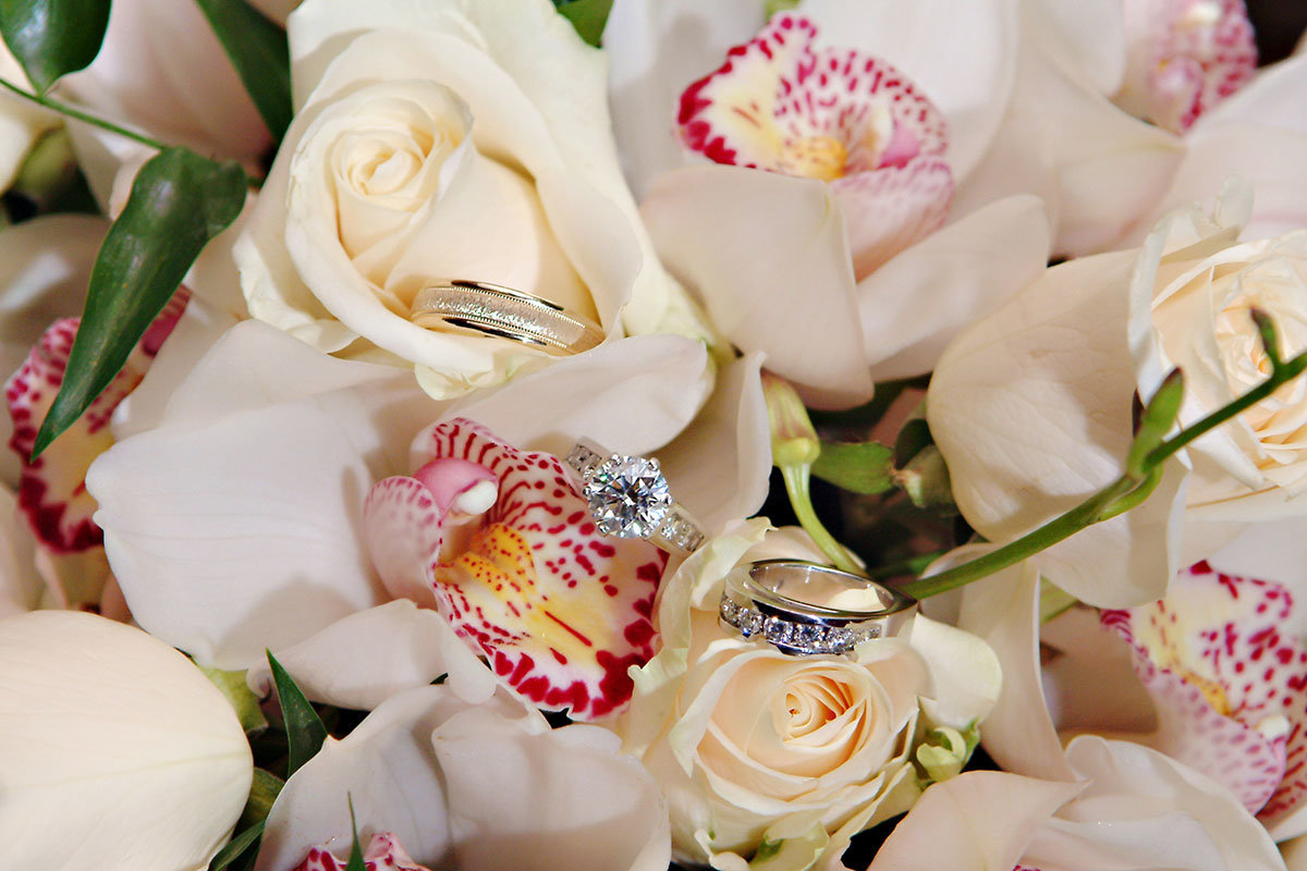 wedding rings in bouquet ritz carlton naples florida wedding