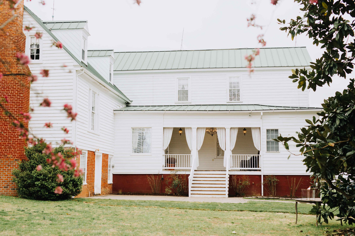 Waverly-Estate-Jacqueline-Waters-Photography-Wedding-Virginia-Zac-Heather-(98)