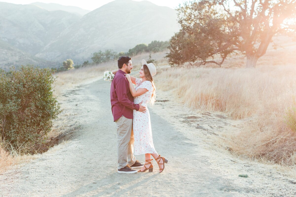 blog-Malibu-State-Creek-Park-Engagament-Shoot-boho-0049