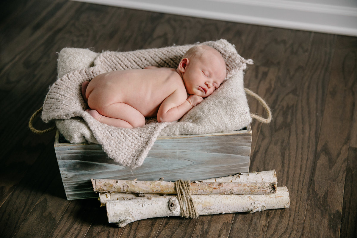 raleigh-newborn-photographers-evan-2640