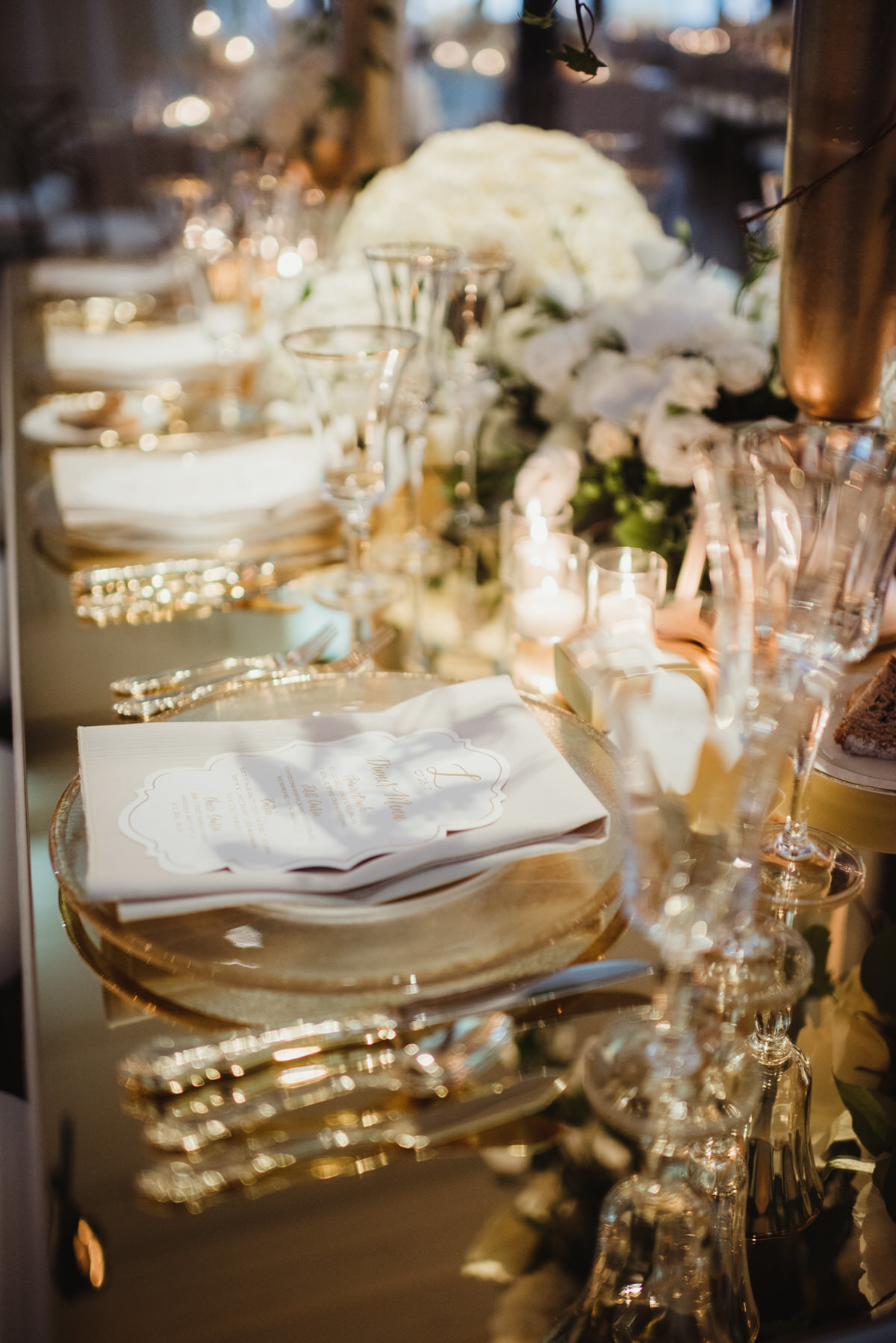 gold flatware, gold glassware