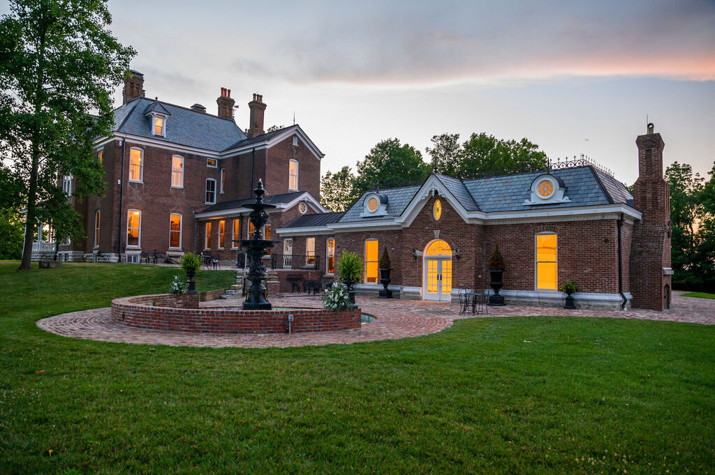 Lynwood Estate - Luxury Richmond Kentucky Wedding Venue - Elegant Estate Wedding 00042