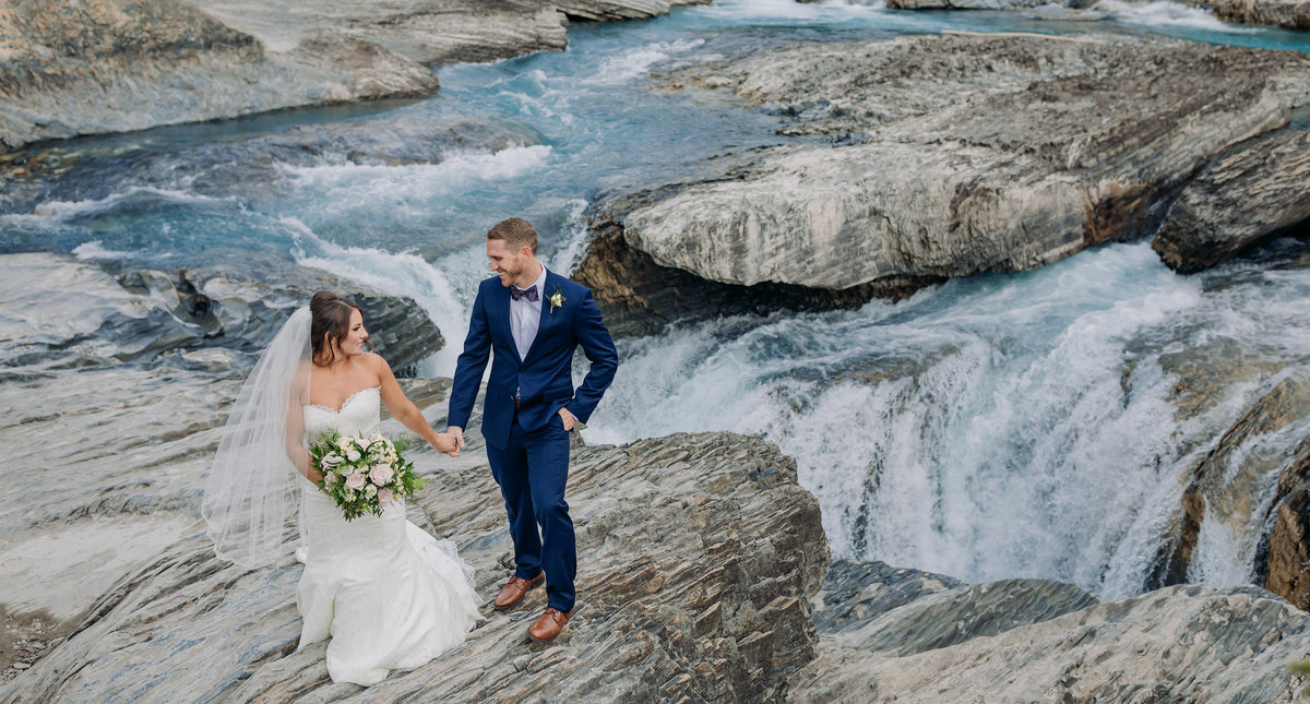 natural bridge yoho national park elopement wedding photos