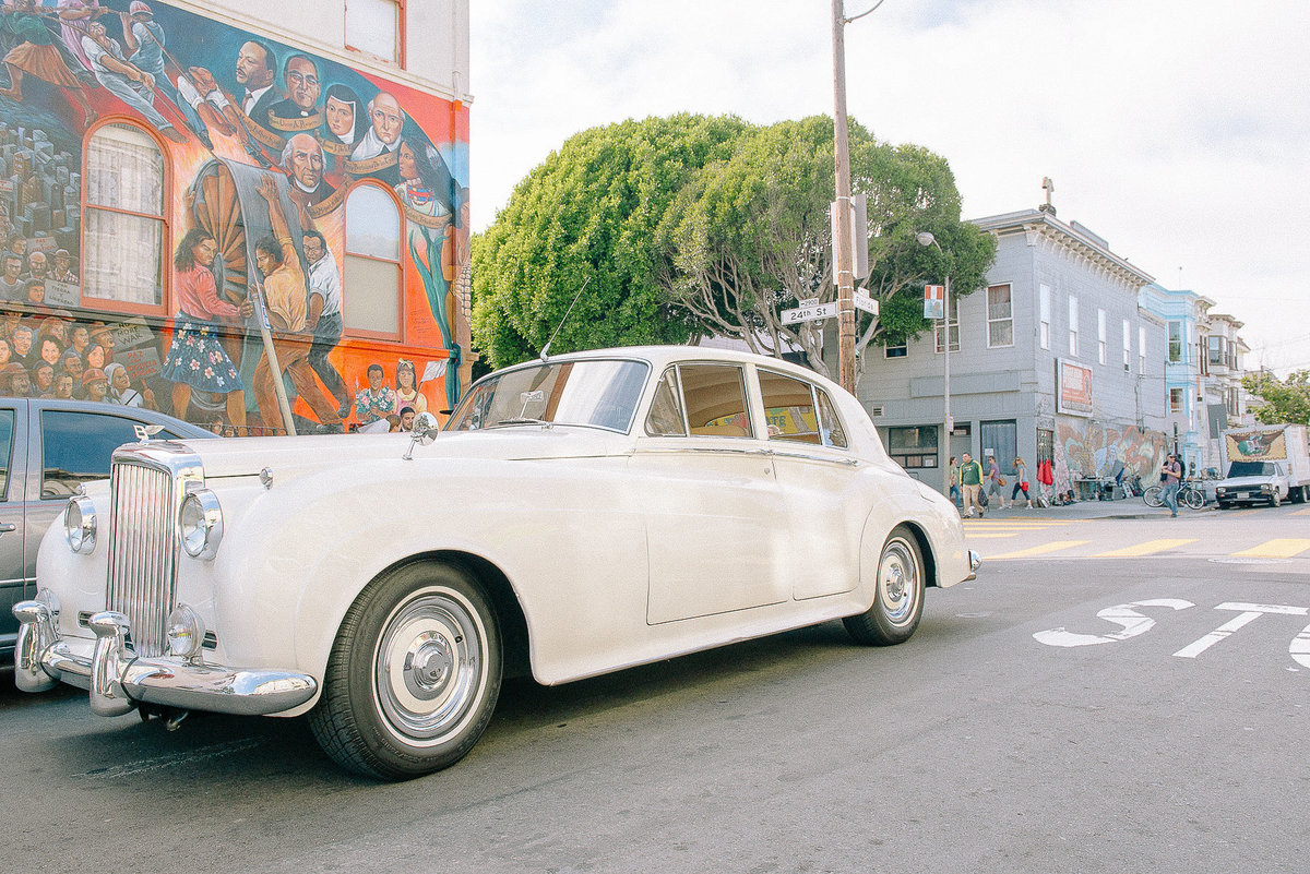 Vintage white Rolls Royce for a San Francisco Wedding