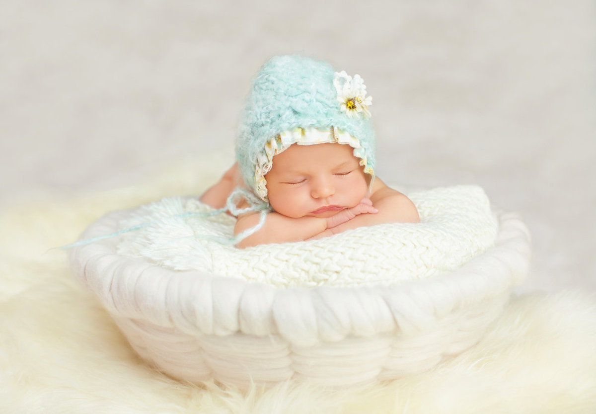newborns baby girl photos087
