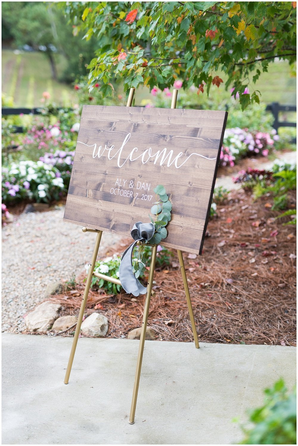 laura-barnes-photo-north-carolina-wedding-photographer-highlands-37-holly-high-vineyard38