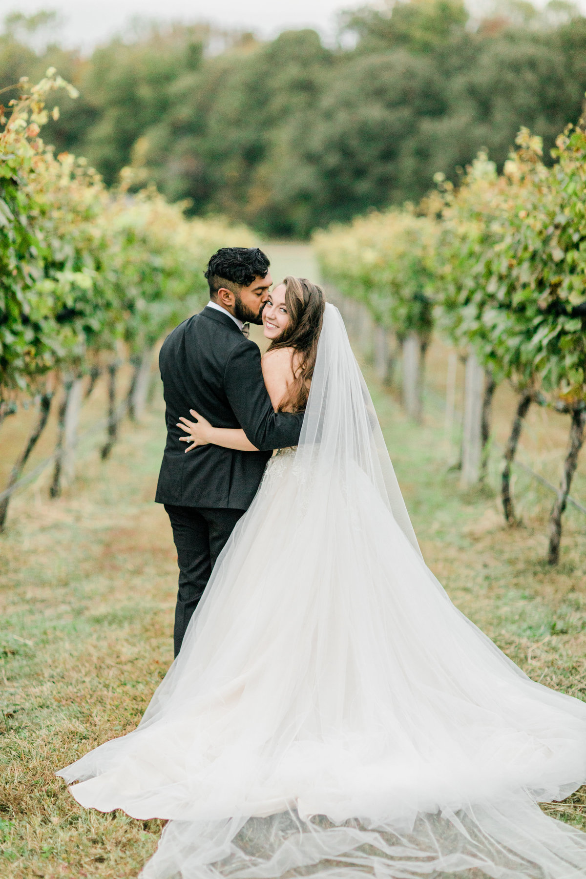 Williamsburg_Winery_Fall_Wedding_Virginia_DC_Photographer_Angelika_Johns_Photography-0066