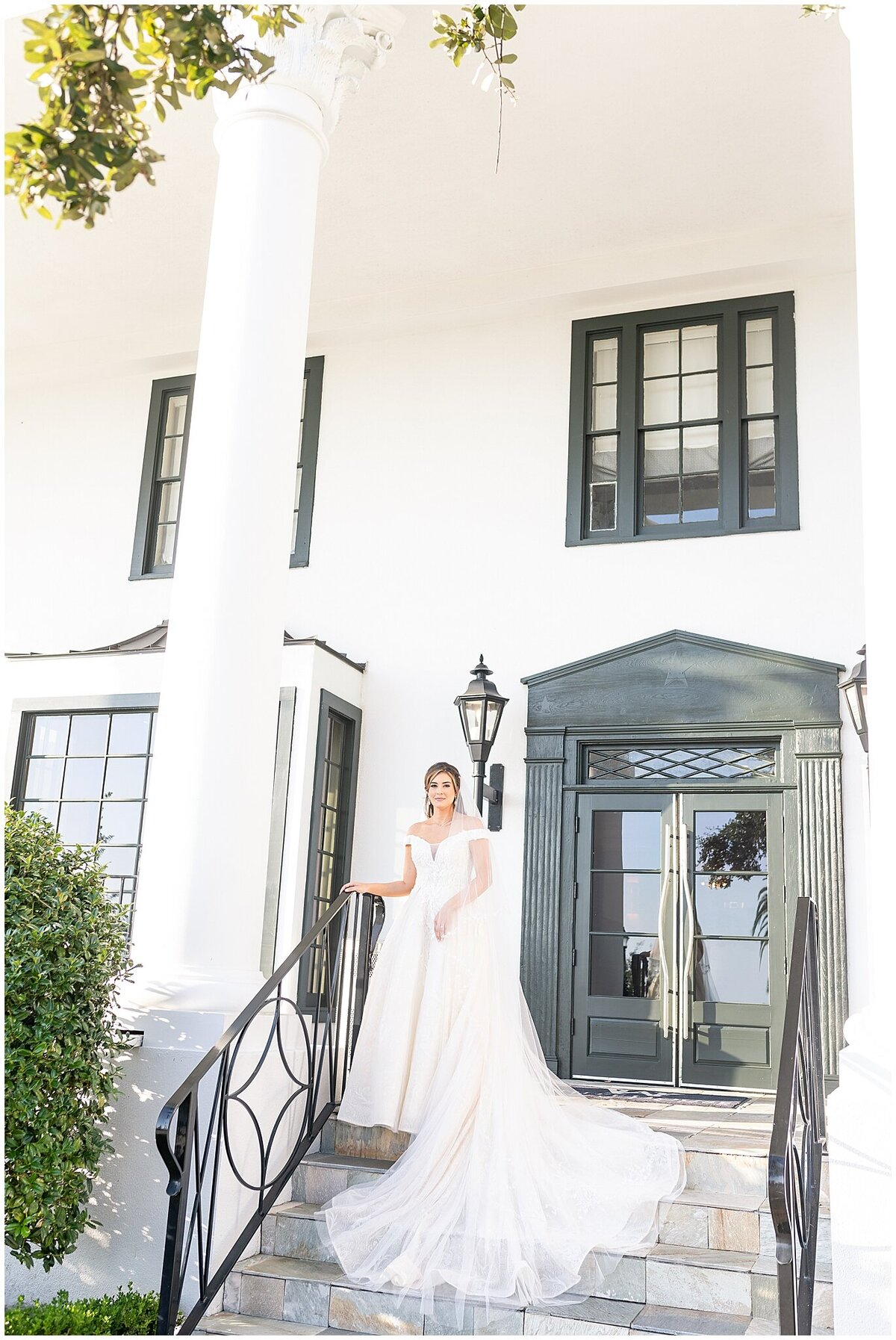 Bridal-Wedding-PortraitsThe-White-House-Hotel-Biloxi1219