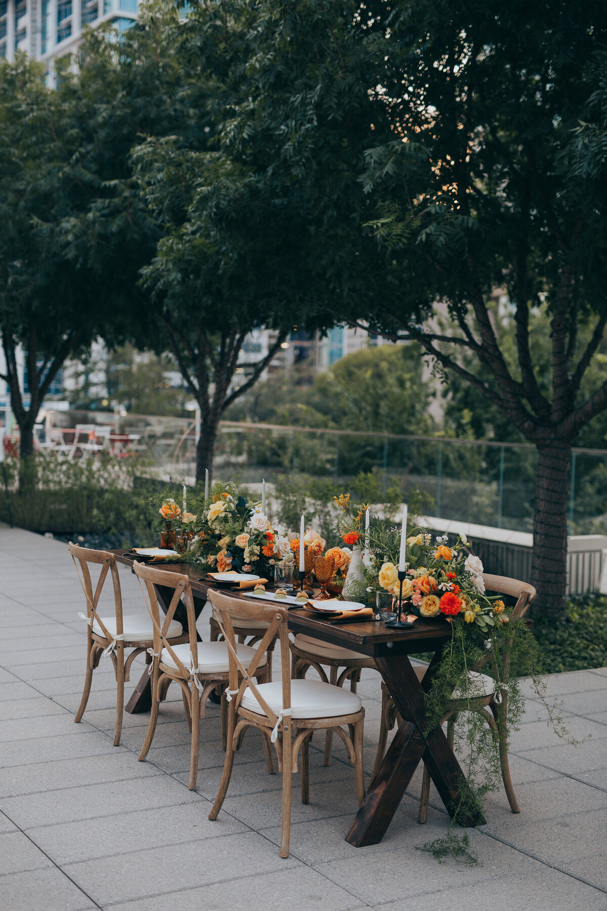 The Artisan Downtown Dallas Nimbus Events Fall Headtable