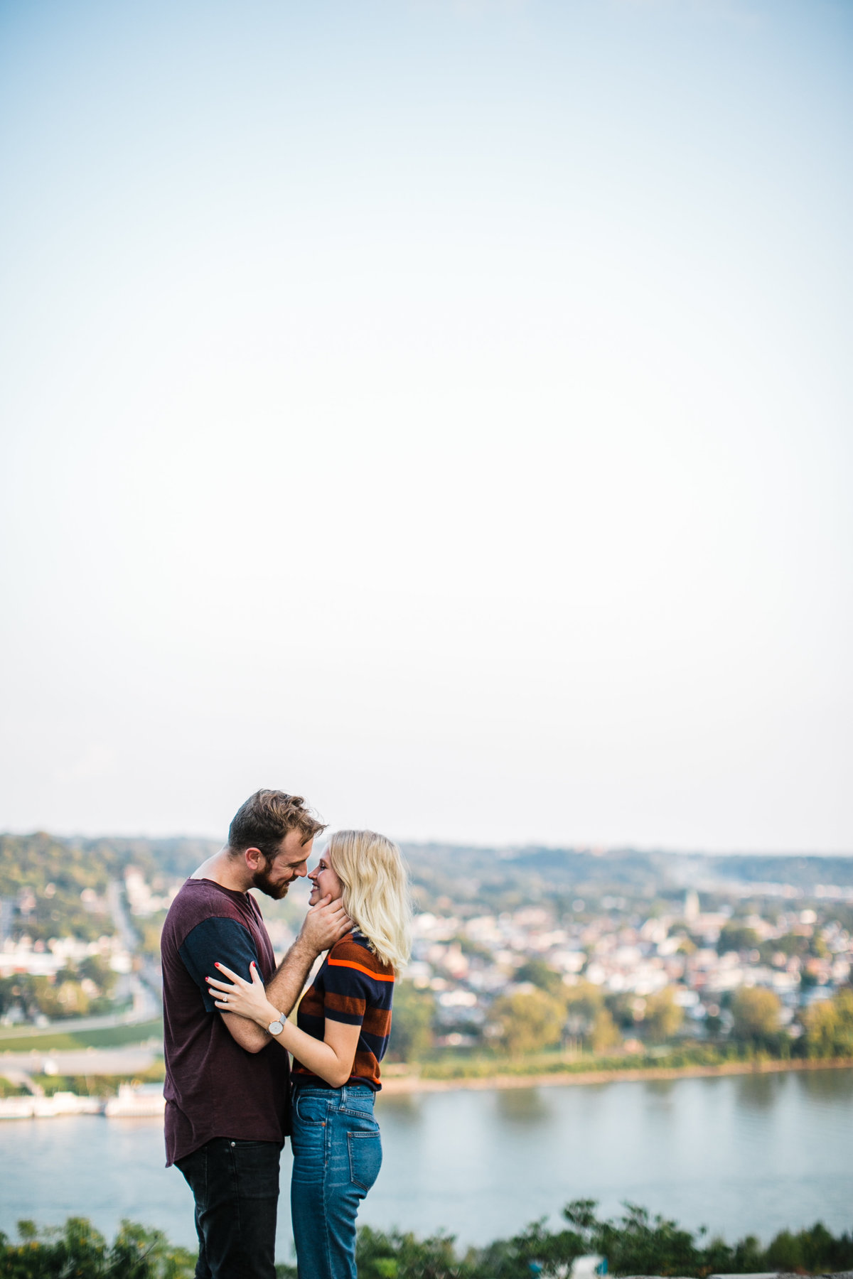 cincinattiskyline-engagementsession