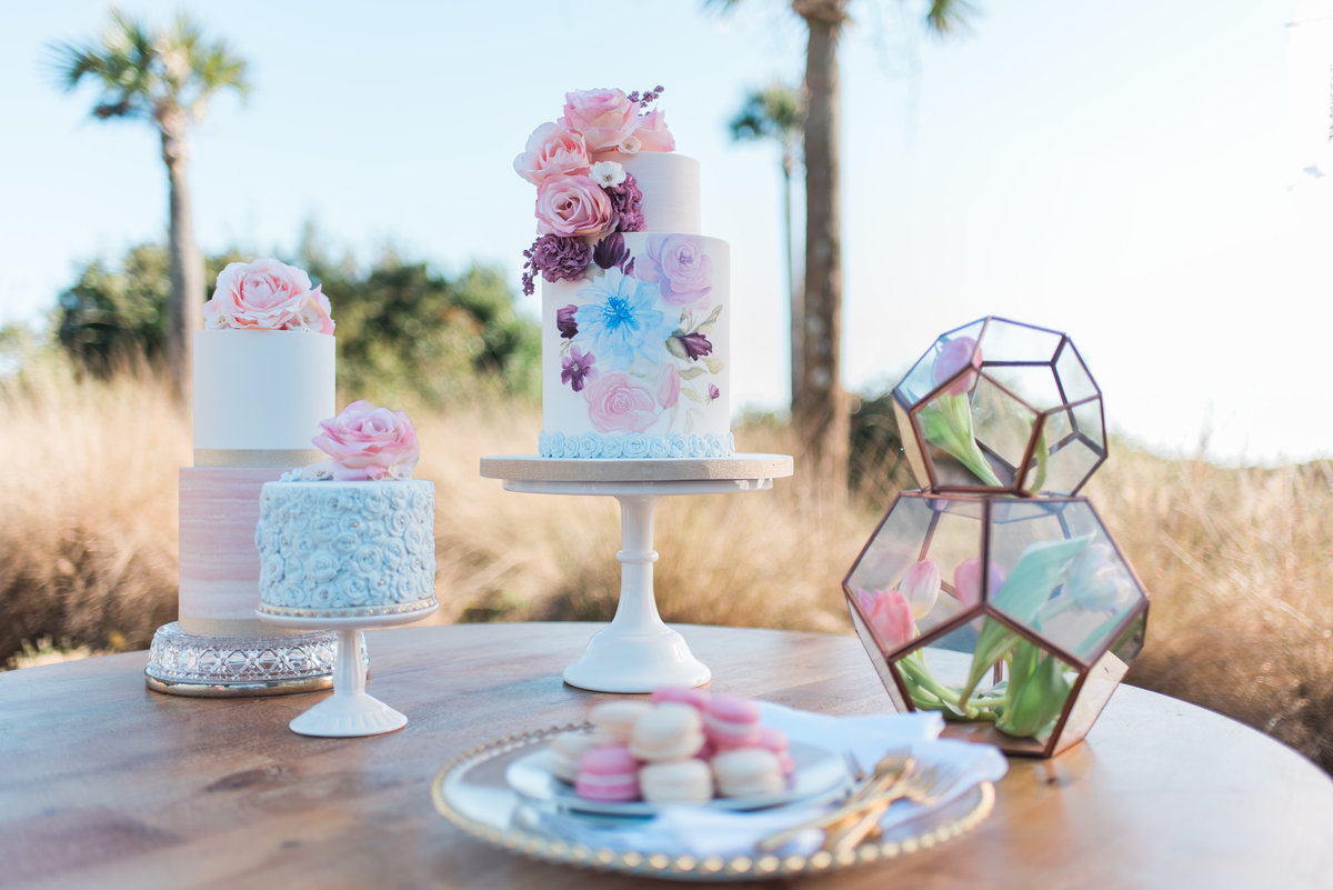 Pretty Wedding cakes beachside in Charleston, SC