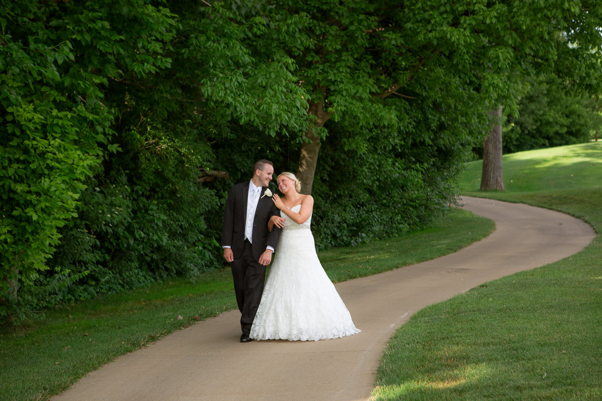 Weddings - Holly Dawn Photography - Wedding Photography - Family Photography - St. Charles - St. Louis - Missouri -112
