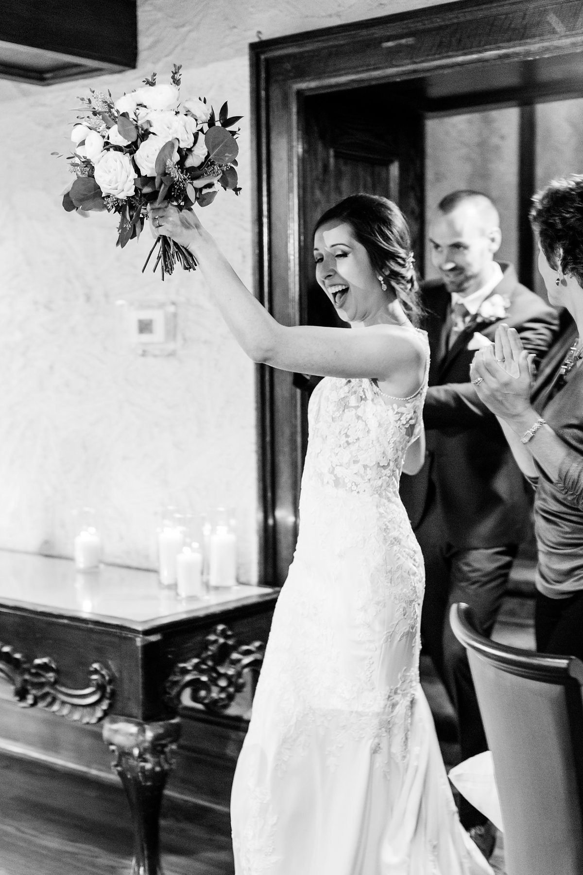 Romantic Windermere Manor Wedding | Dylan and Sandra Photography 143