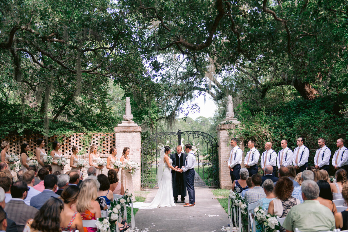 Brookgreen Gardens Wedding Pictures by Top Pawleys Island Wedding Photographer-19