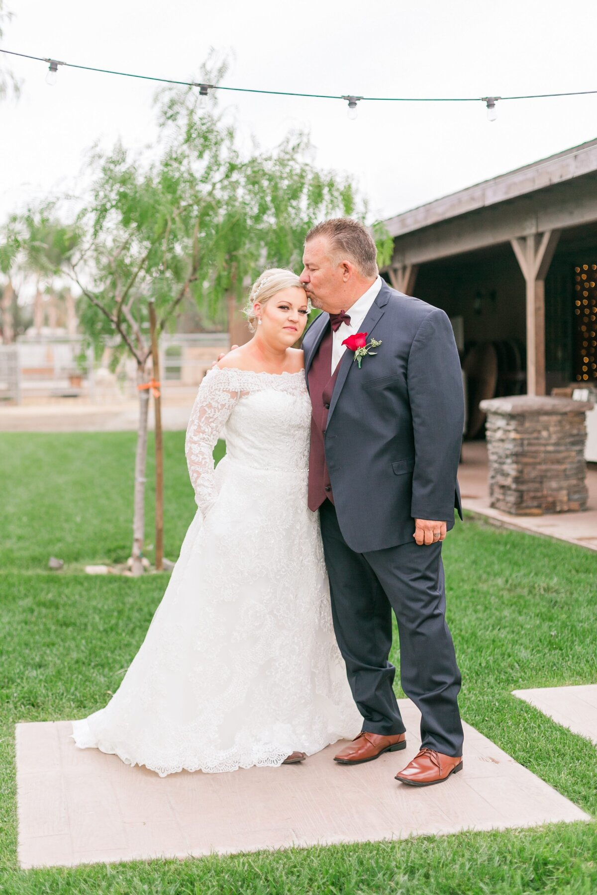 Kelli-Bee-Photography-Gallery-Farm-Southern-CA-Norco-Rustic-Wedding-Luxury-Lifestyle-Photographer-Lauren-Ben-0020