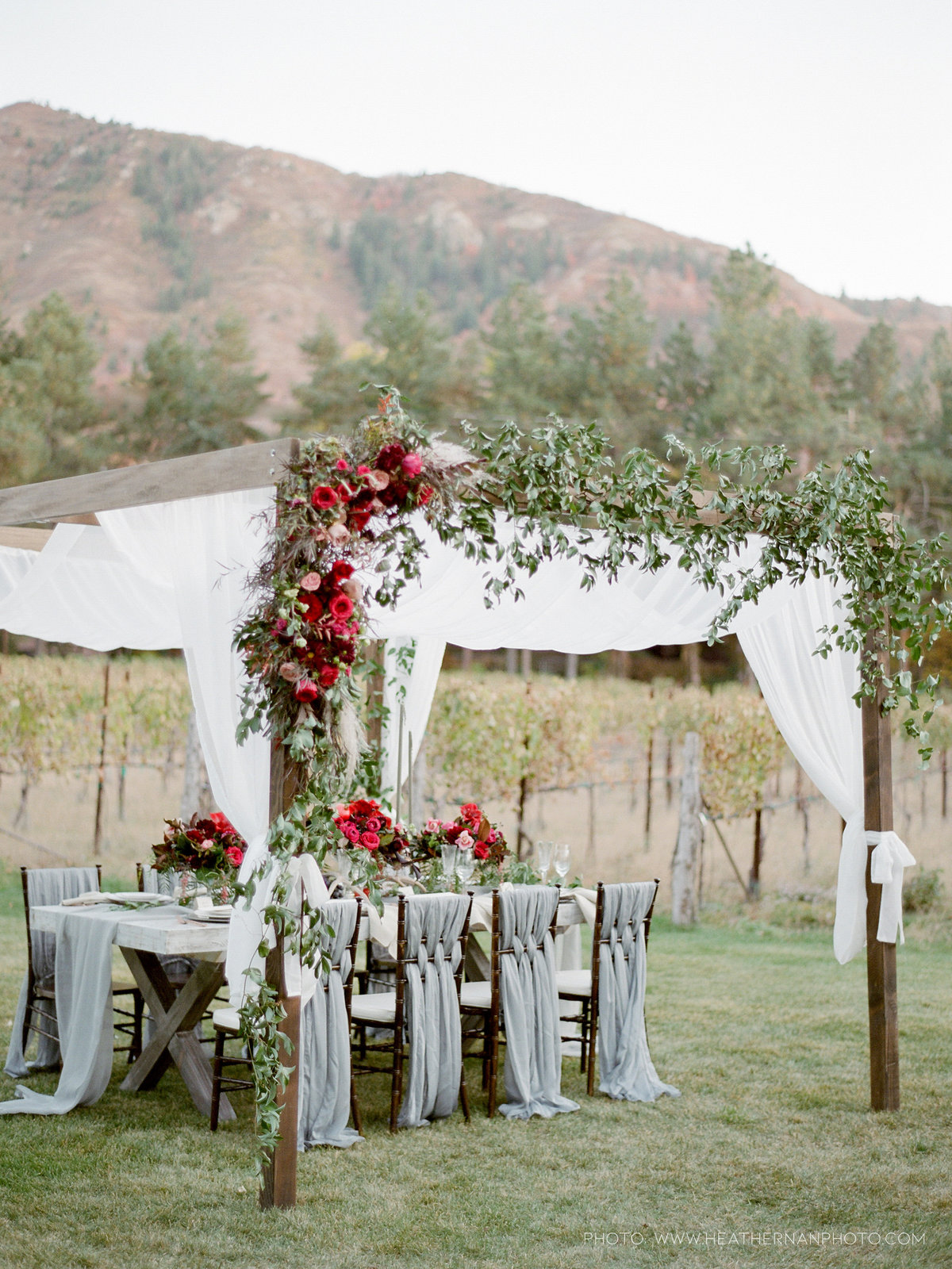 Utah Florist_Romantic Vineyard Wedding_Red Wedding Ideas-0178