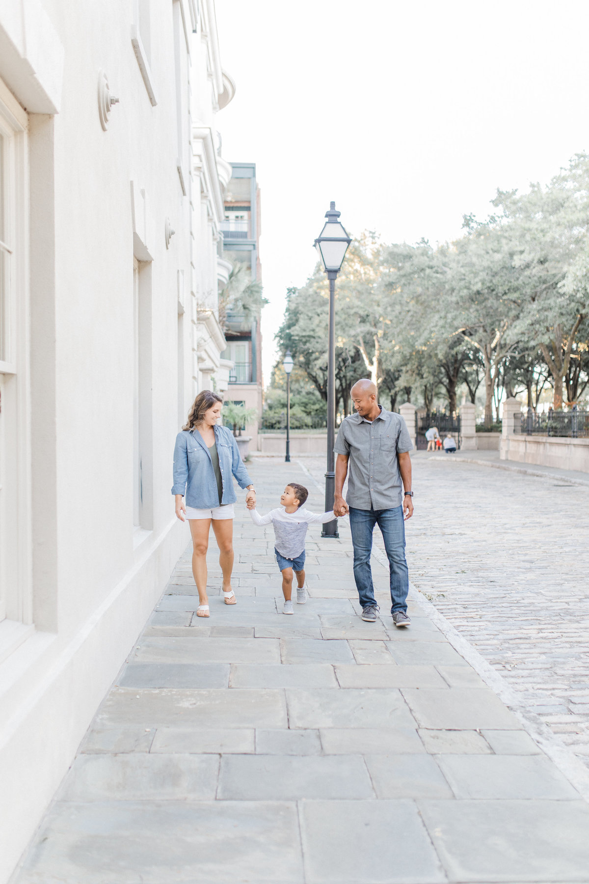 Downtown-Charleston-Family-Photos-Laura-Ryan-Photography-28