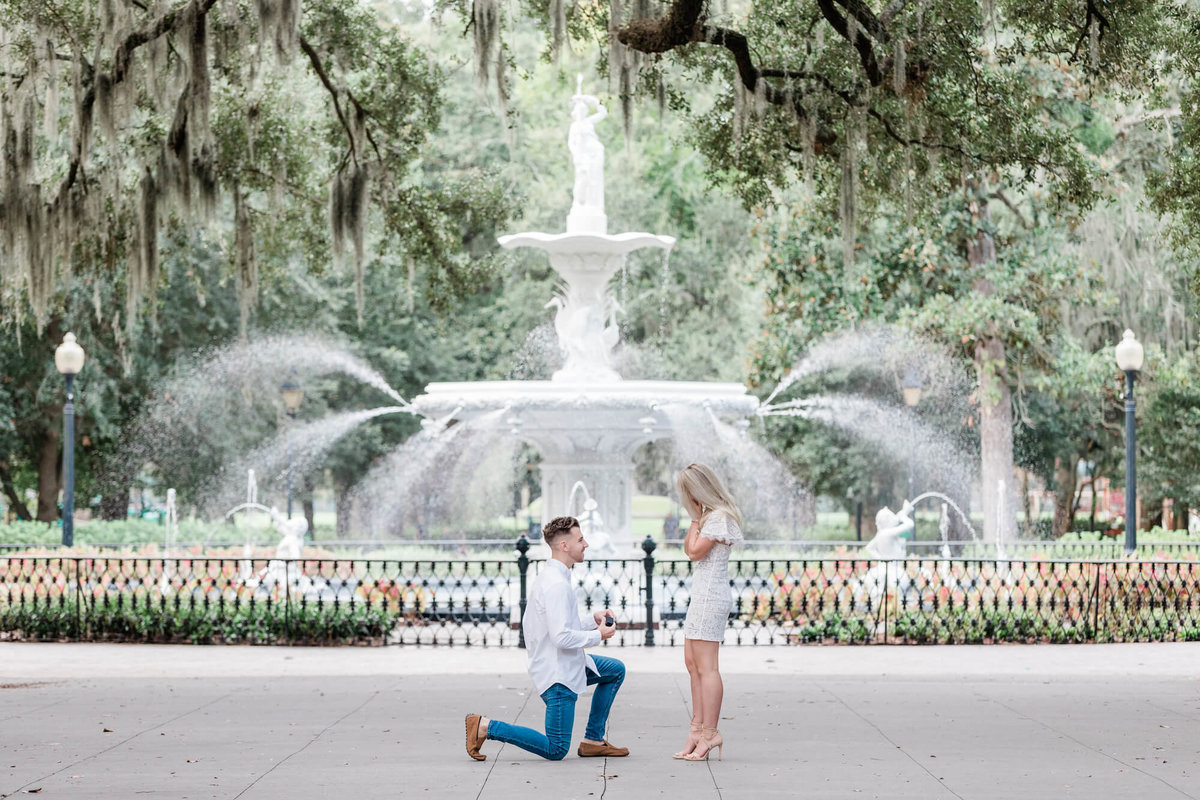 apt-b-photography-savannah-surprise-proposal-photographer-engagement-proposal-photography-1