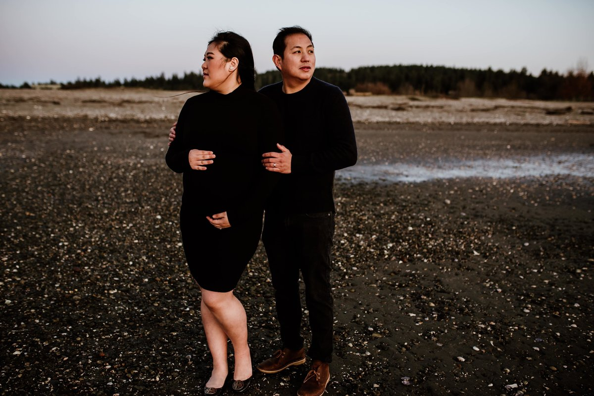 Whiterock maternity couple session