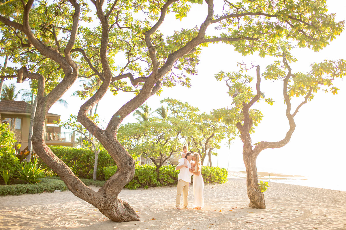 Four Seasons Hualalai Family Photography