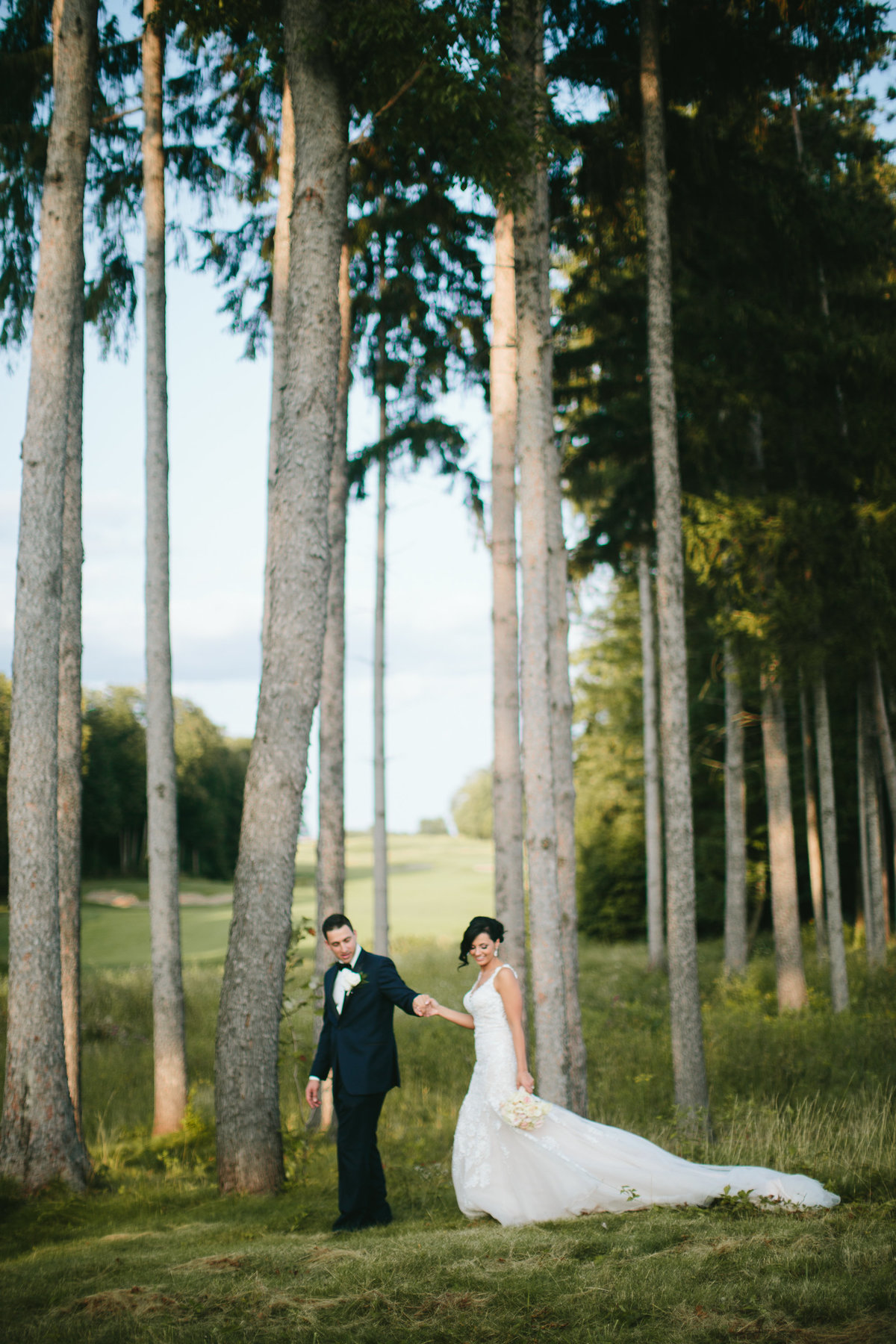 thelodge-turningstone-lodge-turning-stone-turningstonewedding-brideandgroom