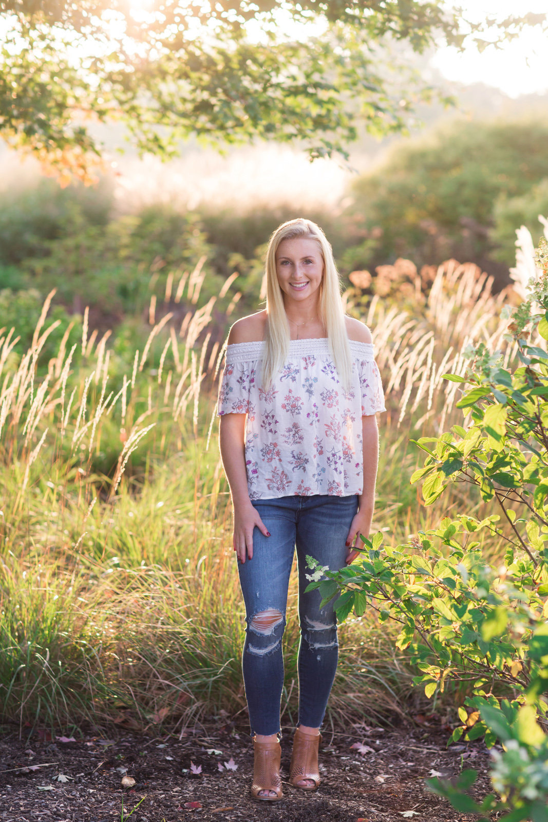 L Photographie high school senior photos fall Forest Park 40