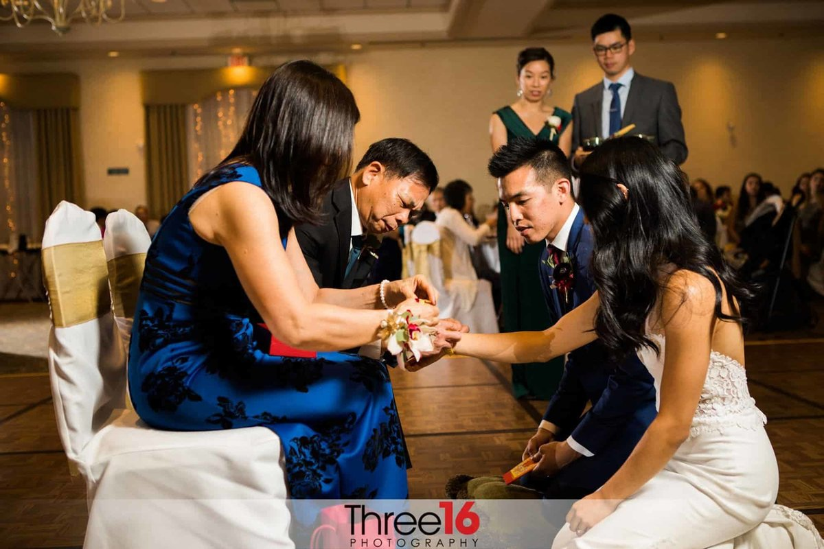 Anaheim Hills Clubhouse Wedding Tea Ceremony_1