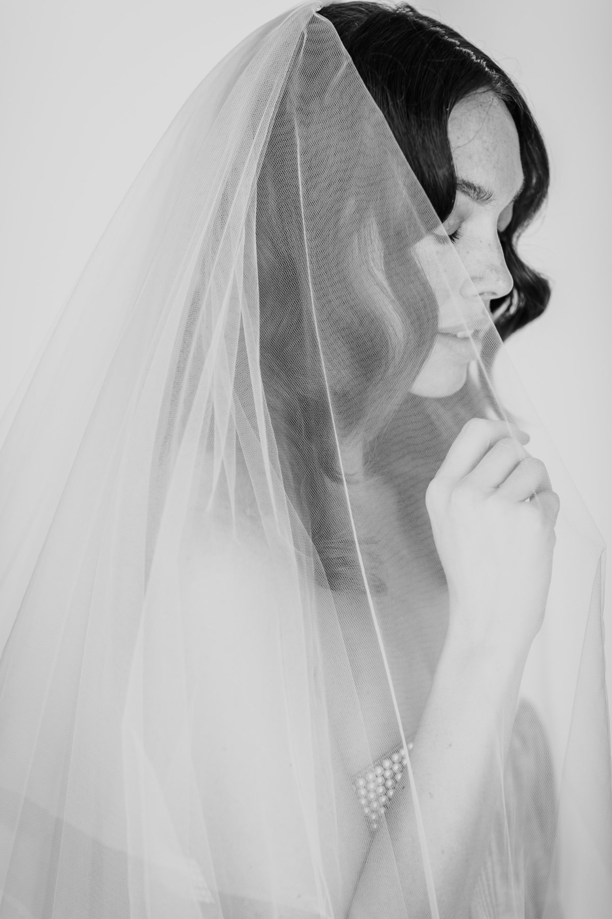 Bridal Crown Editorial Shoot Trace Henningsen Accessories_Valorie Darling Photography-7581