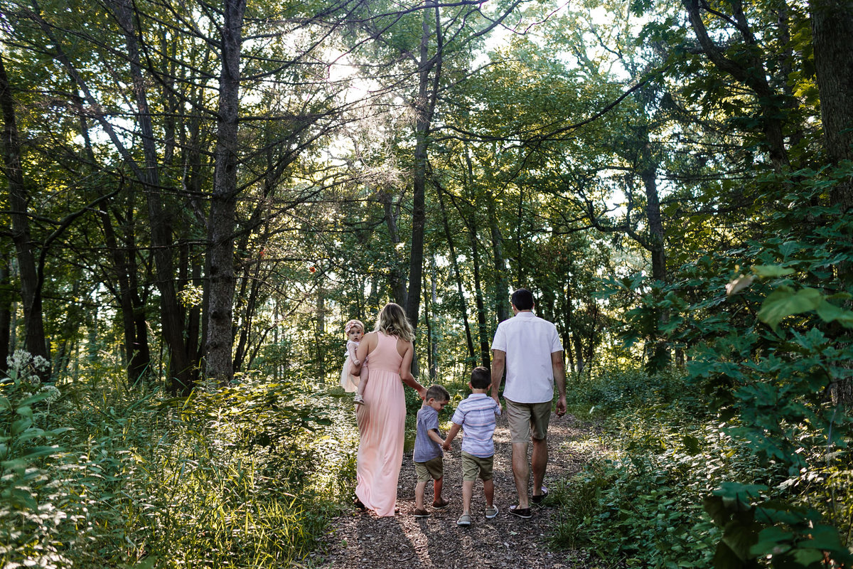 Family-Photography-Forest-Woods