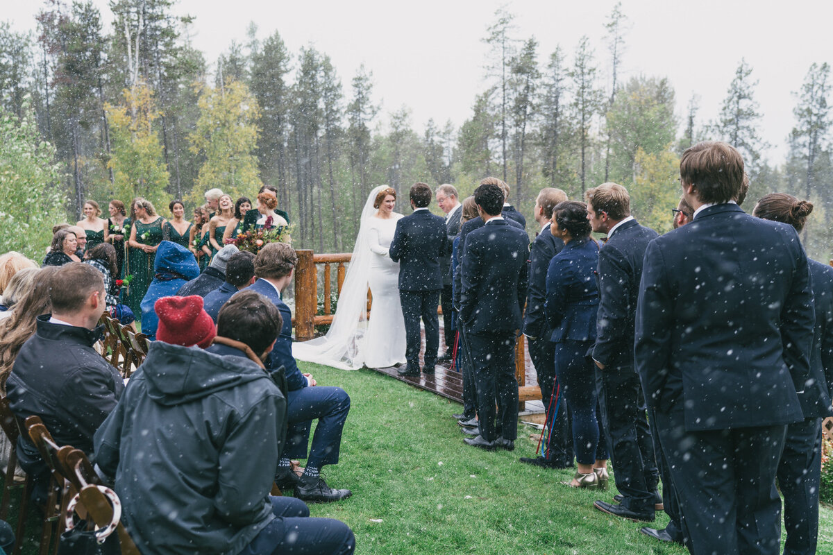 Jennifer_Mooney_Photography_Abbey_Stephen_Fall_Winter_Glacier_Park_Elopement-163