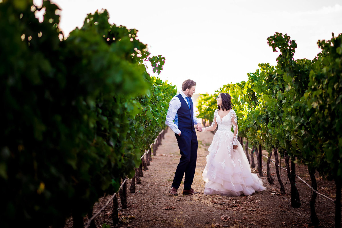 San-Francisco-Wedding-Photographer-Napa-Sonoma-Vineyard